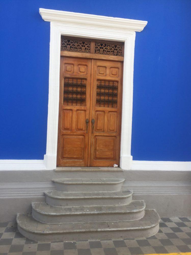 Granada Nicaragua cobalt door